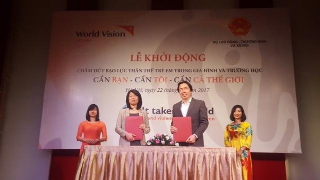 Ông Đặng Hoa Nam, Cục trưởng Cục Trẻ em thông tin về các chính sách liên quan tới trẻ em Việt Nam.