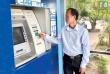 BHXH rồng hổ đẩy mạnh chi trả lương hưu, trợ cấp BHXH và BHTN qua thẻ ATM