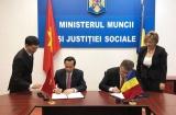 Việt Nam - Rumani ký kết hợp tác trong lĩnh vực lao động và an sinh xã hội