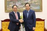 Minister Dao Ngoc Dung received the Korean Ambassador