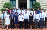 Deputy Minister Nguyen Thi Ha receives the newly appointed Vietnamese Ambassadors