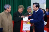 Bộ trưởng Đào Ngọc Dung: Đảm bảo tất cả các đối tượng đều có quà và nhận được quà trước Tết