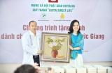 """Quỹ tranh """"Butta Sweet Life"""" tiếp tục tặng tranh cho Bệnh viện đa khoa Đức Giang"""