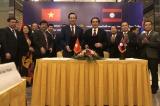 Vietnam, Laos discuss boosting labour, social welfare cooperation