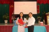 Thứ trưởng Lê Tấn Dũng Trao Quyết định nghỉ hưu cho Phó Giám đốc Trung tâm Điều dưỡng thương binh và Người có công Long Đất Trịnh Thị Kim Anh