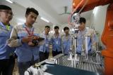 Giáo dục nghề nghiệp gắn với thị trường lao động và việc làm bền vững