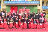 Tuyên Quang: Trao học bổng cho trẻ khuyết tật và mô côi huyện Lâm Bình