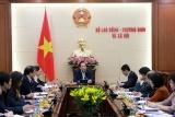 Bộ trưởng Đào Ngọc Dung đánh giá cao thành tích của Trung tâm Lao động ngoài nước trong năm 2019