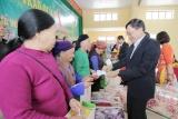Lạng Sơn: Chung tay chăm lo tết cho người nghèo