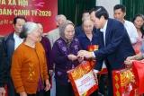 Bộ trưởng Đào Ngọc Dung tặng quà tết cho gia đình chính sách huyện Lý Nhân Hà Nam