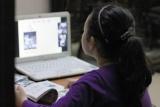 Nguy cơ trẻ bị quấy rối khi học online