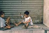 Tăng cường các biện pháp phòng, chống tình trạng trẻ em, người khuyết tật, người cao tuổi bị lợi dụng, dụ dỗ, ép buộc lang thang xin ăn.