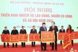 Tạp chí Lao động và Xã hội vinh dự được nhận Cờ Thi đua của Bộ