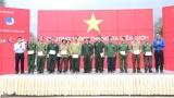 """Chương trình """"Tháng Ba biên giới"""" năm 2019: Trao quà trị giá hơn 1,5 tỷ đồng cho học sinh và gia đình chính sách có hoàn cảnh khó khăn tại Hà Giang"""