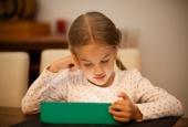 Làm gì để bảo vệ trẻ em trước nguy cơ bị xâm hại tình dục từ môi trường mạng?