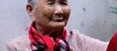 Mẹ Việt Nam anh hùng 91 tuổi ủng hộ bác sĩ tuyến đầu chống dịch