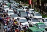 Thủ tướng ban hành Chỉ thị về tăng cường thực hiện các giải pháp cấp bách bảo đảm trật tự, an toàn trong hoạt động vận tải đường bộ