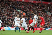 Đại thắng Watford, Liverpool lên ngôi đầu giải ngoại hạng Anh