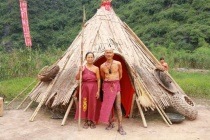 """Khám phá làng thổ dân trên """"đảo đầu lâu"""" ở Ninh Bình"""