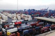 100.000 tấn điều kẹt cứng ở cảng