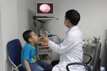 4 dấu hiệu trẻ bị viêm màng não