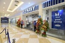Old Navy khai trương cửa hàng đầu tiên tại Hà Nội