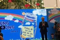 """Làng trẻ em SOS Việt Nam phát động chương trình """"Lọ đựng tình thương"""" lần thứ 2"""