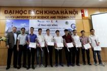 Trao Học bổng Năng lượng Tương lai AES-VCM cho 15 sinh viên ngành Điện
