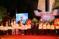 Thủ tướng trao Bằng Tổ quốc ghi công cho đại diện 442 gia đình liệt sĩ