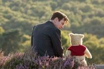 Christopher Robin – Tuổi thơ và một tình bạn đẹp với chú gấu Pooh