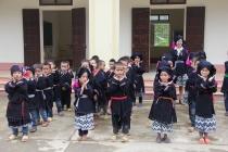 Nối dài những niềm vui cho học sinh dân tộc thiểu số