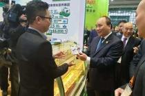 Sản phẩm sữa của Vinamilk được người tiêu dùng Trung Quốc rất ưa chuộng tại Hội chợ nhập khẩu quốc tế lần thứ nhất ( CIIE 2018) tại Thượng Hải