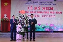 Thứ trưởng Lê Quân chúc mừng Ngày Nhà giáo Việt Nam tại Trường Cao đẳng Công thương Việt Nam