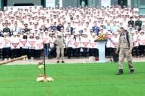 Mít tinh diễu hành hưởng ứng Ngày Thế giới phòng chống bom mìn