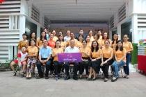 CLB Wlin Charming trao tặng quà cho các cháu khuyết tật tại Trung tâm PHCN và trợ giúp trẻ khuyết tật TPHCM