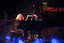 Nghệ sỹ dương cầm Phó An My dùng âm nhạc thức tỉnh ý thức bảo vệ môi trường