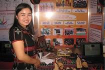 Thừa Thiên Huế: Cô giáo vùng cao bén duyên khởi nghiệp từ dệt Zèng