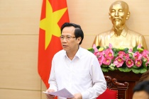 Minister Dao Ngoc Dung reported on the implementation of the social security support package