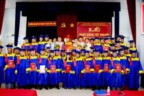 Trường ĐH Sư phạm Kỹ thuật Vĩnh Long trao bằng tốt nghiệp cho 605 tân kỹ sư, cử nhân