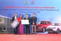 Trường CĐ Kỹ thuật – Công nghệ Bách Khoa nhận tài trợ 9 xe hơi phục vụ giảng dạy