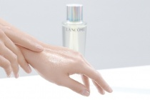 Dưỡng chất Clarifique - thành quả hoàn hảo của nghiên cứu khoa học Enzymes trong chăm sóc da và làm đẹp