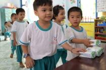 """Qua 4 năm triển khai, sữa học đường tỉnh Bến Tre """"Được lòng"""" cả thầy trò và phụ huynh"""