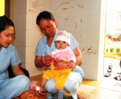 Nơi thắp lên hy vọng cho những trẻ em nhiễm H