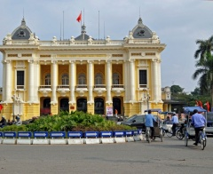 Khai trương tour tham quan Nhà hát Lớn Hà Nội