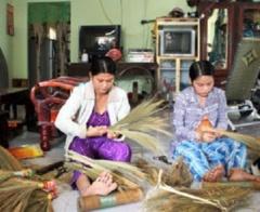 Huyện Phú Tân: Thực hiện hiệu quả chính sách giảm nghèo và bảo trợ xã hội