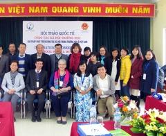 Giải pháp phát triển công tác xã hội trong trường học ở Việt Nam