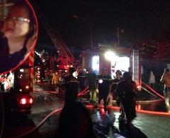 Cha gọi điện hướng dẫn con thoát hiểm trong vụ cháy chung cư Carina Plaza