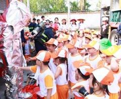 Thúc đẩy quyền tham gia của trẻ em