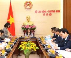 Thứ trưởng Nguyễn Thị Hà: Tạo cơ hội bình đẳng giữa phụ nữ và nam giới trong thăng tiến
