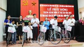Nam Định: Tổ chức công đoàn các cấp quan tâm chăm lo cho con em công nhân lao động